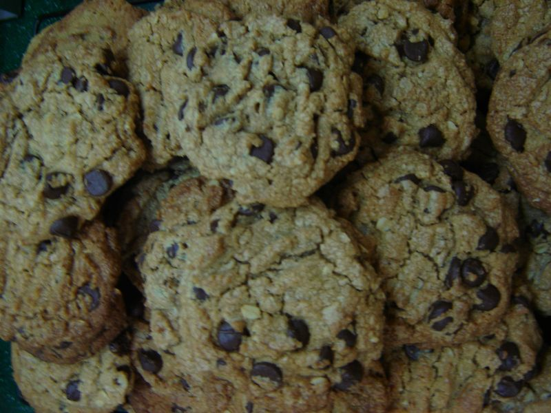 Chocolate, peanut butter and oatmeal cookies 004